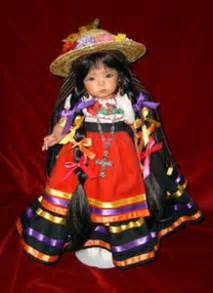 The Stories Behind the Costumes of Mexico - Chamizal